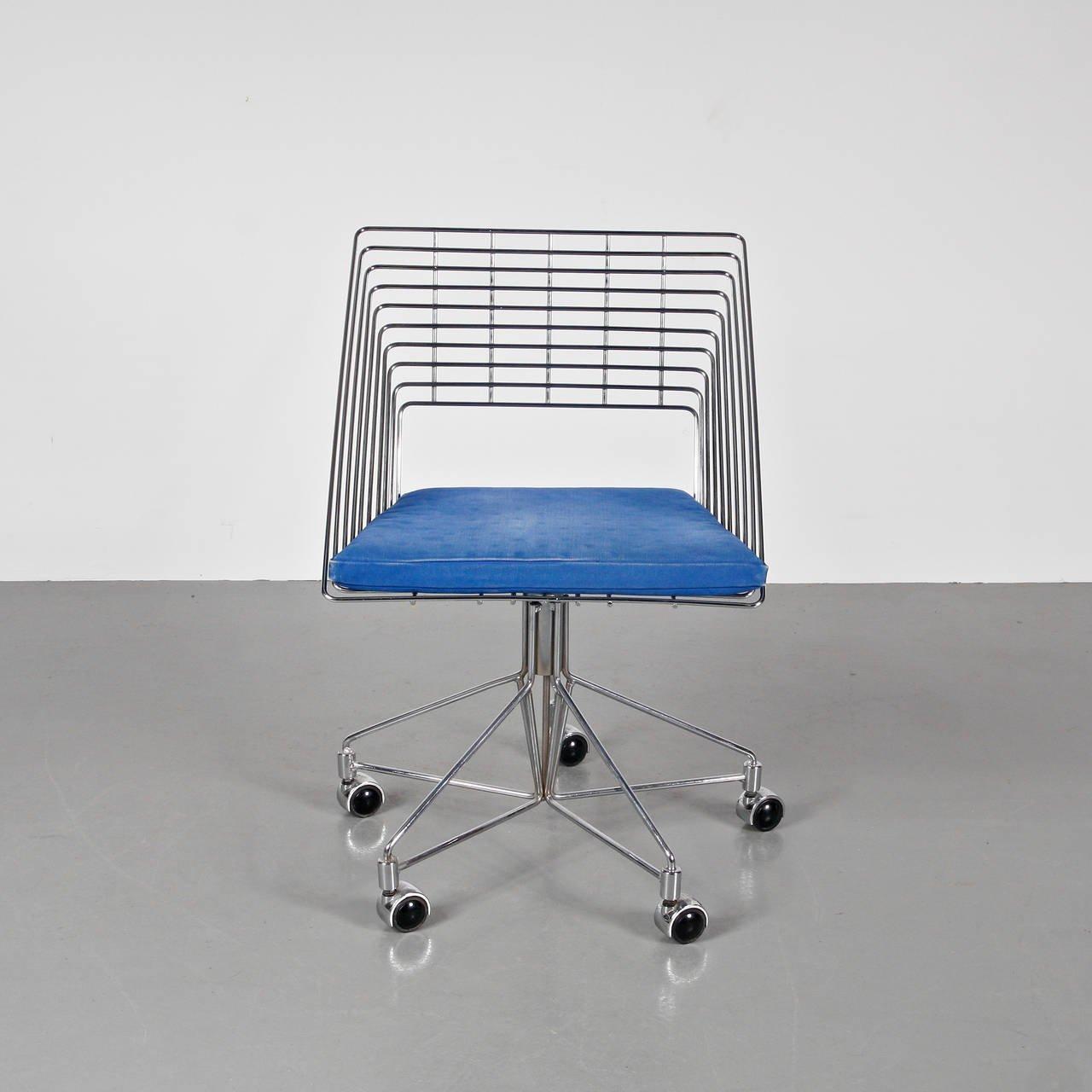 Chrome Wire Chair For Fritz Hansen Galerie Gaudium