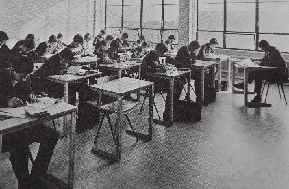School classroom with Friso Kramer designs, Galerie Gaudium