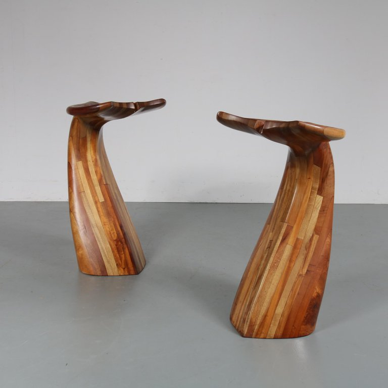 M23074 5 Wooden Whale Tail Bar Stools 1980s 1