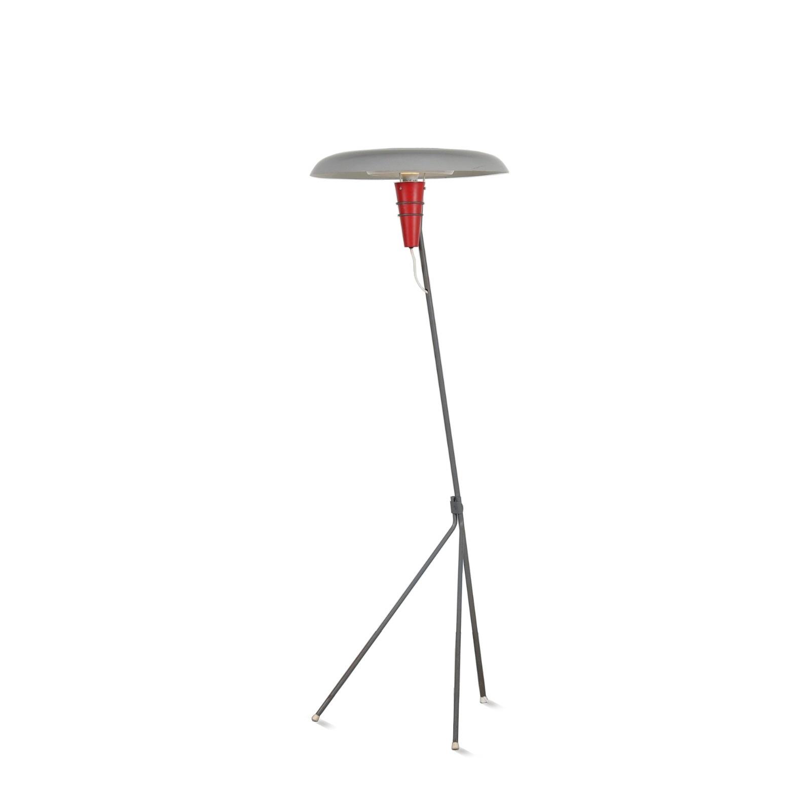 1950s Floor lamp model NX38 in original condition Louis Kalff Philips / Netherlands