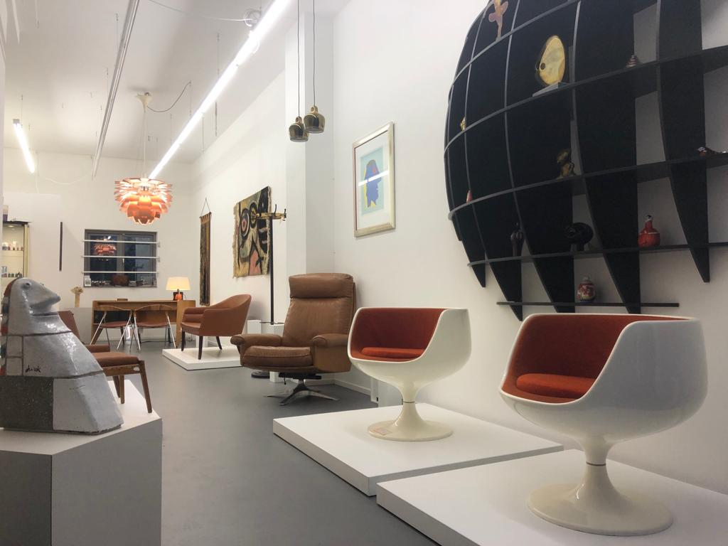 Cognac exhibition Galerie Gaudium, vintage furniture Amsterdam