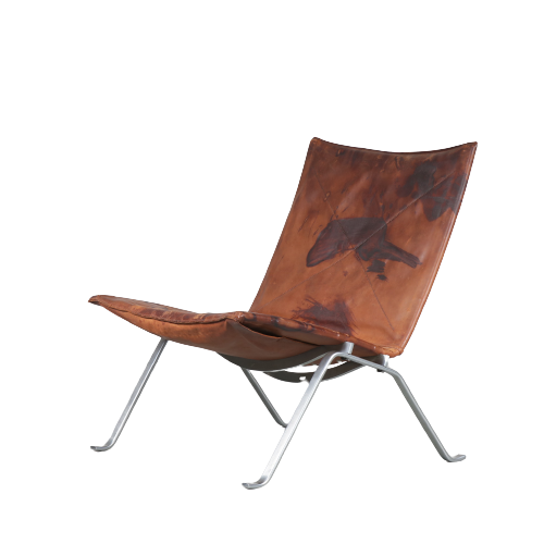 m24932 1960s Heavy patinated brown leather easy chair on chrome metal base model PK22 Poul Kjaerholm Kold Christensen Denmark