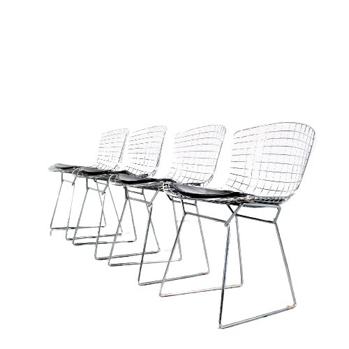 m25495 1970s Set of 4 chrome wire metal dining chairs with black leather seat pad Harry Bertoia Knoll Int. / USA